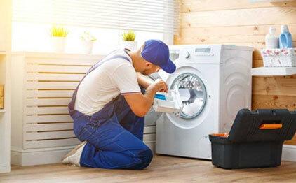 Technician Repair washing machine - Appliances Repair Service
